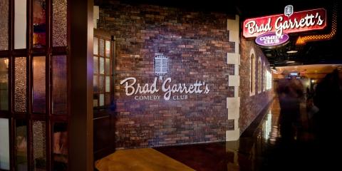 Brad Garrett's Comedy Club Las Vegas - Deals & Info   Las ... Brad Garrett Comedy Club Mgm